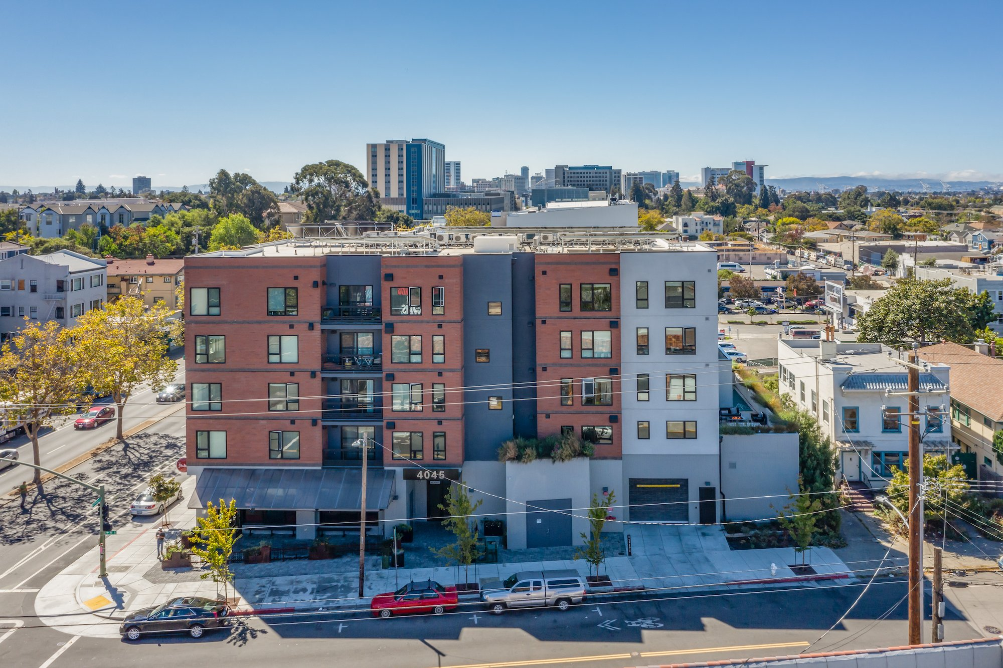 Maya Apartments-Oakland, California-Lowney Architecture-5