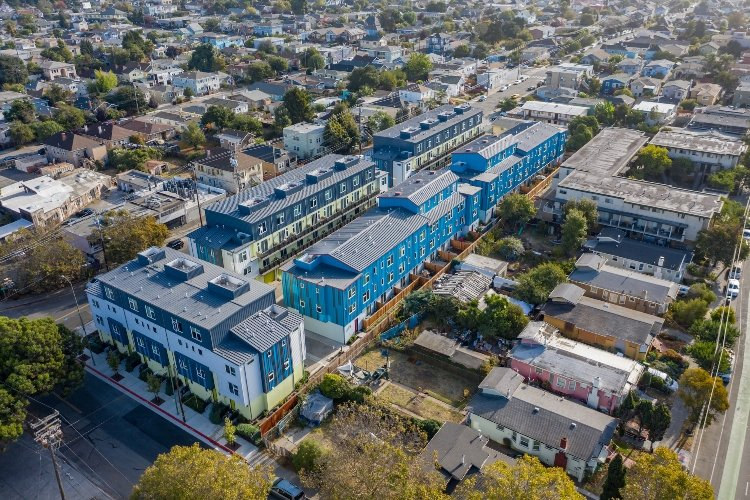 41st Townhomes-Oakland, California-Lowney Architecture