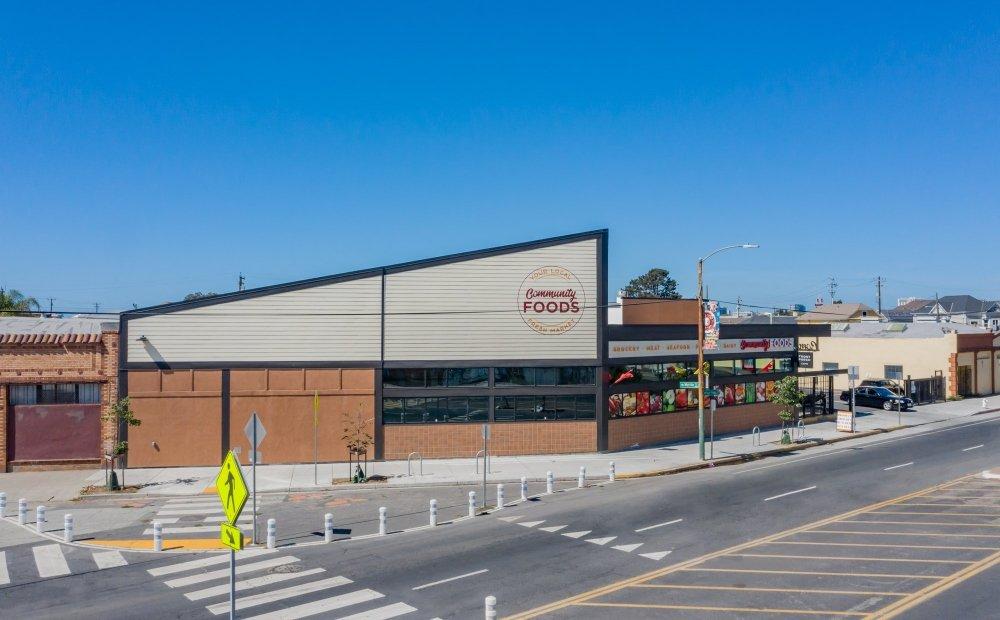 Community Foods Market-Oakland, California-Lowney Architecture-2