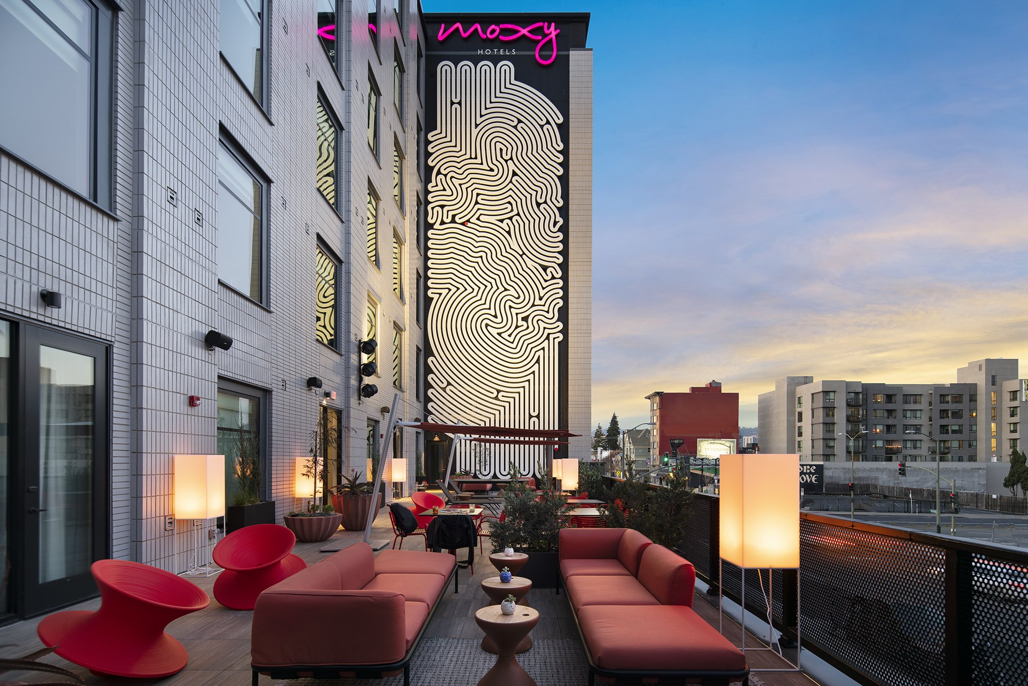 Moxy Hotel-Oakland, CA-Lowney Architecture-16